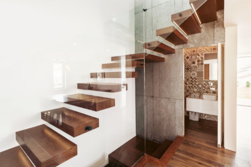 """The """"bathroom under the stairs"""", Feng Shui principle"""